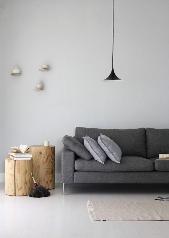 canapea gri casa noua