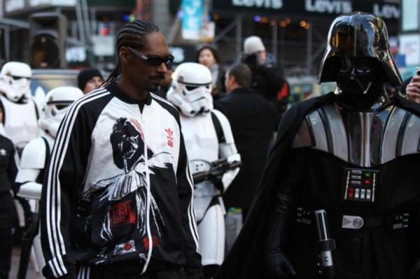 coolosophy-snoop-dog-and-dark-vader-600x399