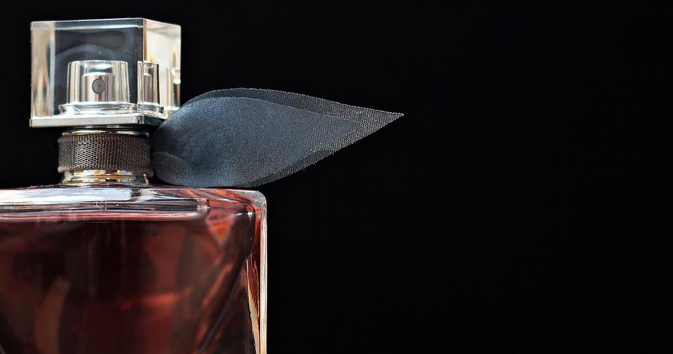 sticluta parfum